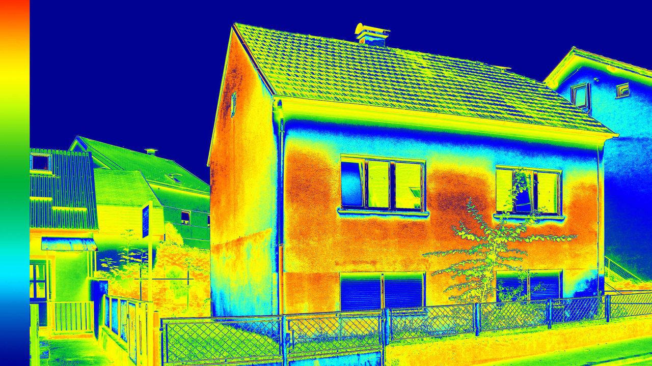 Z programu Nová zelená úsporám mohou lidé získat dotaci vevýši až 450 tisíc korun navýstavbu rodinného domu svelmi nízkou energetickou náročností.