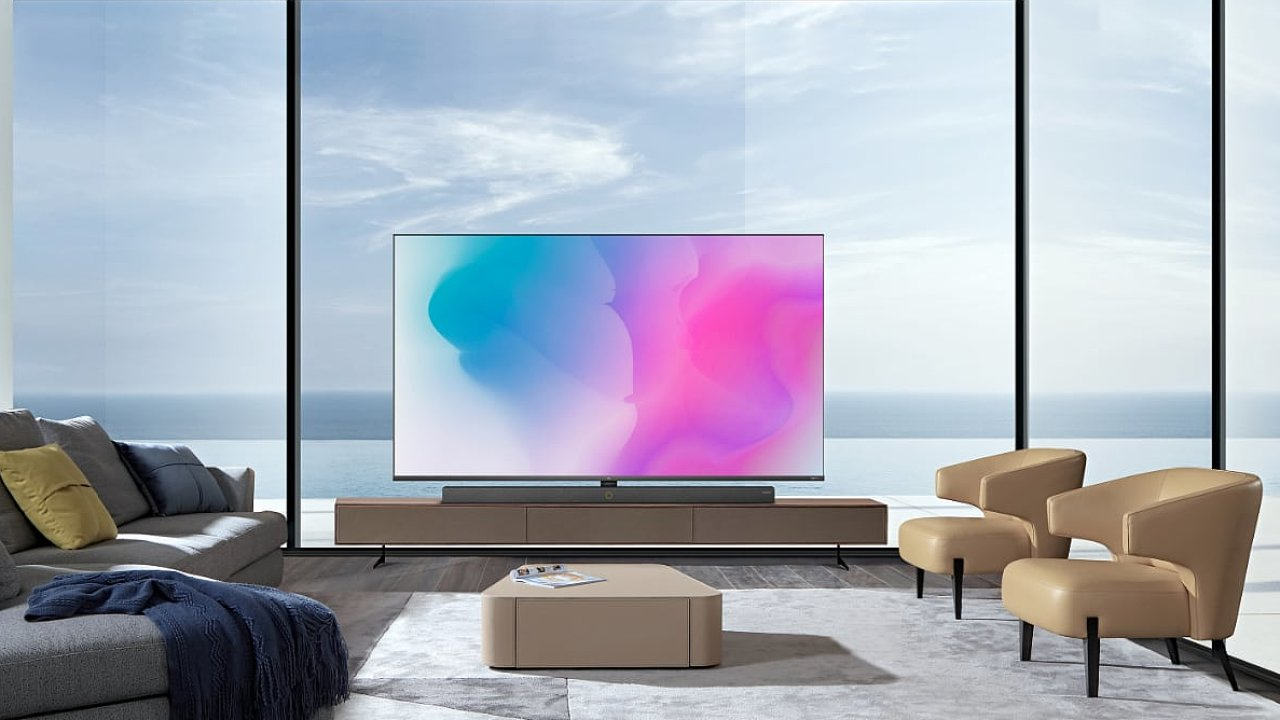 TCL X10 má nejjemnější podsvícení mezi LCD televizemi a nejlepší kontrast.