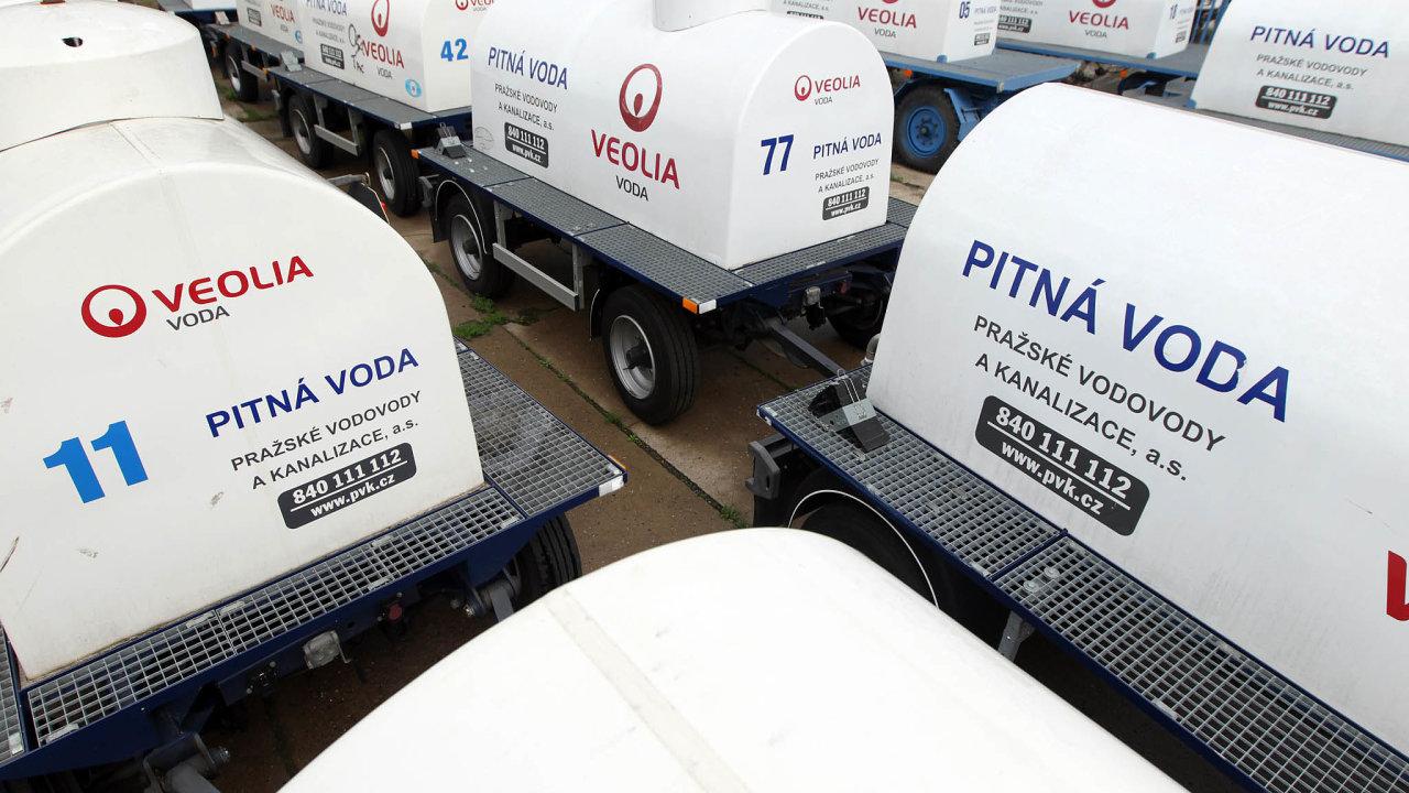 Zahraniční distributor. Francouzská Veolia má po privatizaci v Česku dobrý vodní byznys, část ho nyní města vykupují zpět.