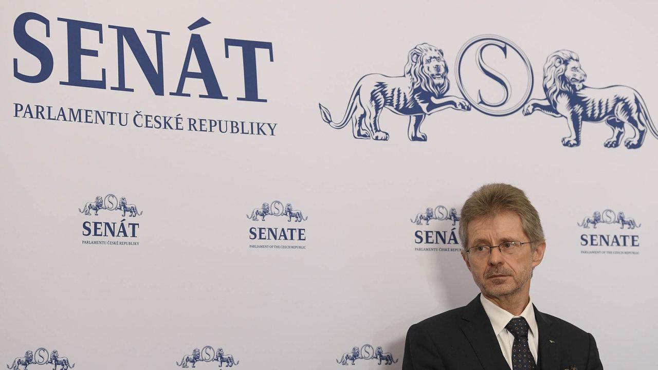 Předseda Senátu Miloš Vystrčil (ODS).