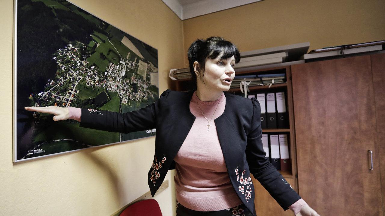 Bojíme se ovodu. Starostka Cejle Pavlína Nováková uleteckého snímku obce.
