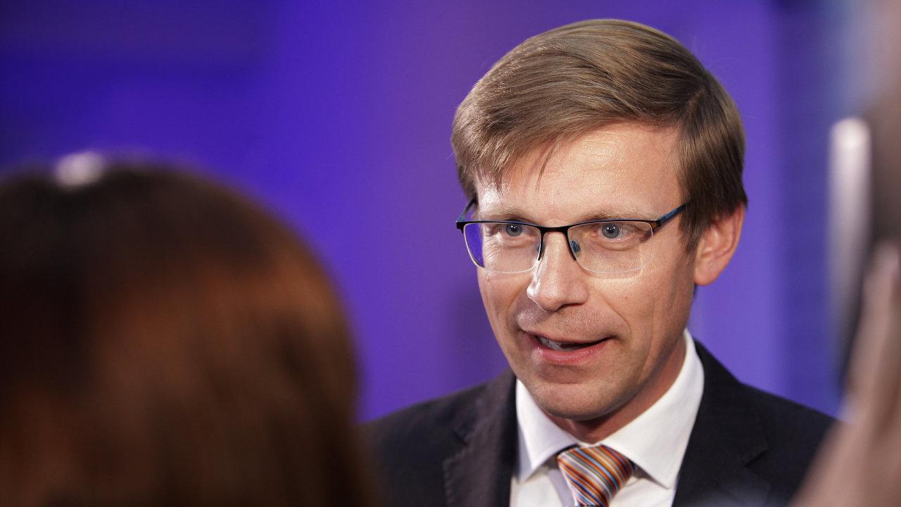 Martin Kupka ve volebním štábu ODS.