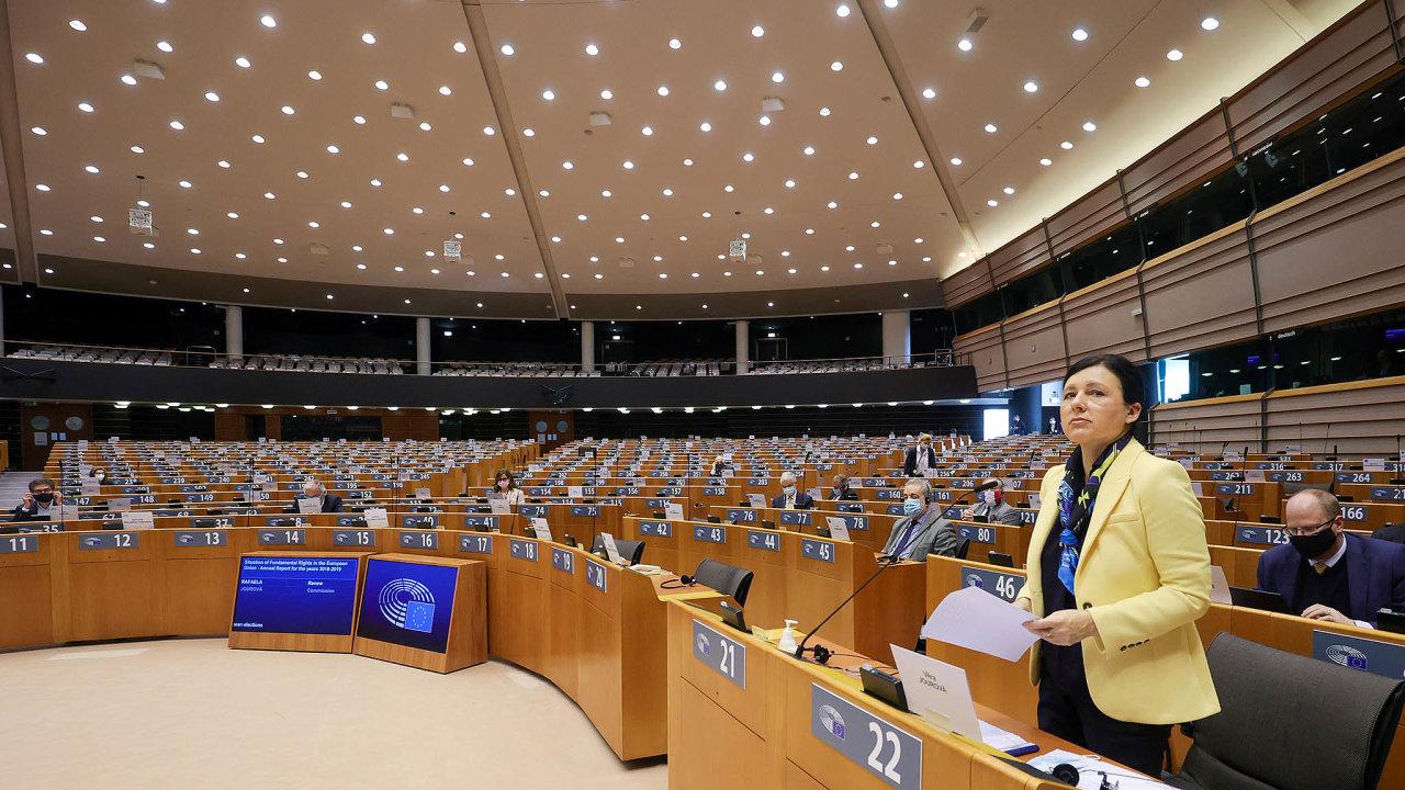 Zastavit teroristy nainternetu mají pomoci pravidla, která v úterý zveřejní Evropská komise.