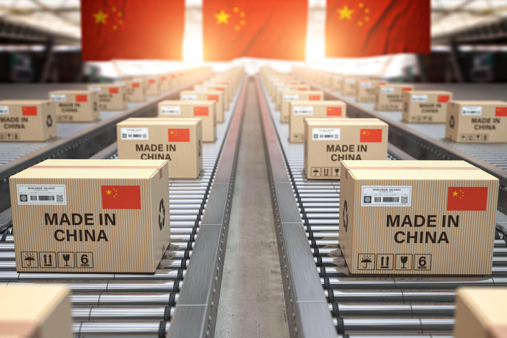 Čínský vývoz idovoz rychle rostou.