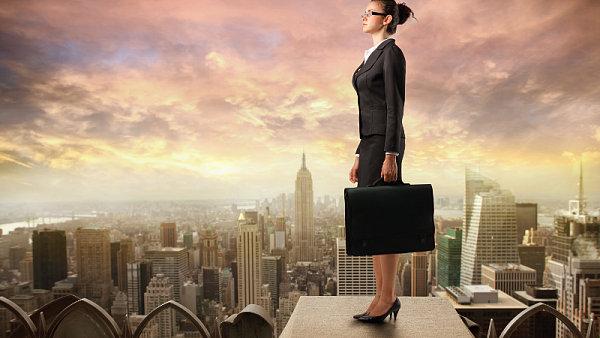 Evropská komise chce, aby ve vedení evropských firem bylo alespoň 40 procent žen.