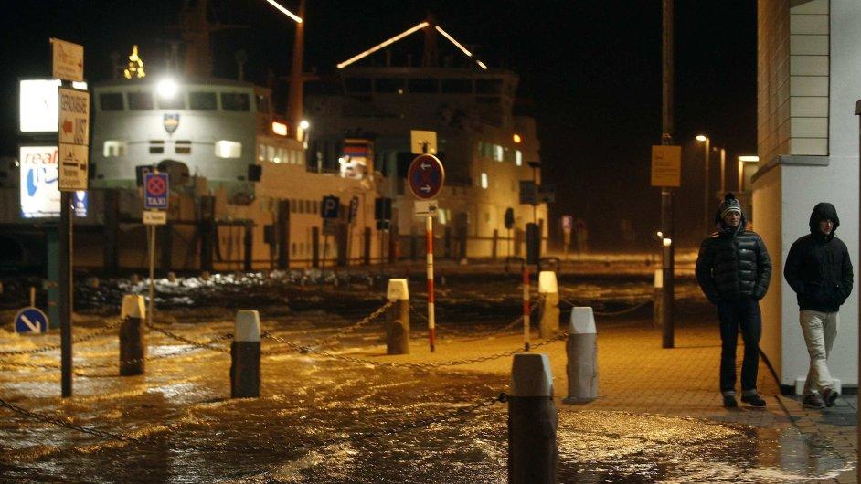 Bouře Xaver zatopila i několik měst v Německu