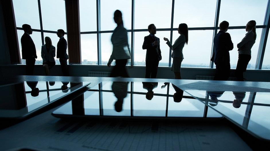 O dobré firmě zaměstnanci pozitivně mluví a jsou ochotni ji doporučovat svým známým