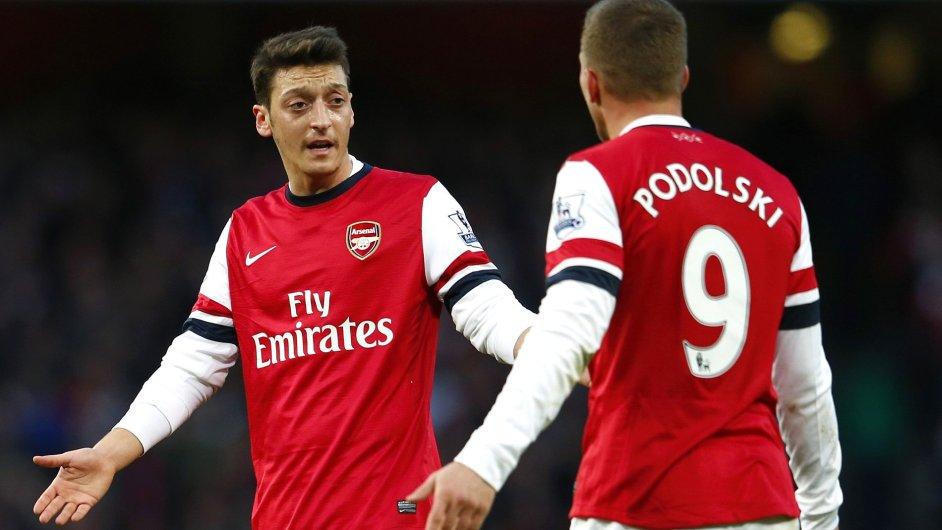 Mesut Özil a Lukas Podolski