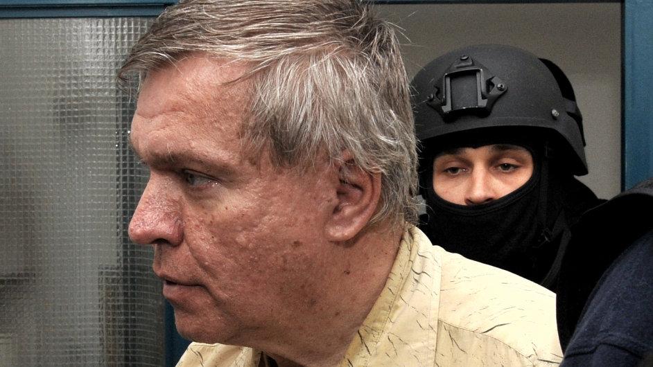 Lékař Jaroslav Barták je u soudu, znovu se projednává jeho případ.