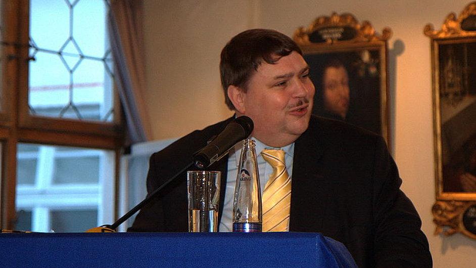 Mluvčí Sudetoněmeckého zemského spolku Bernd Posselt