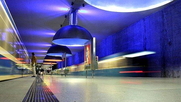 Stanice Westfriedof  v Mnichově, otevřená v roce 1998.