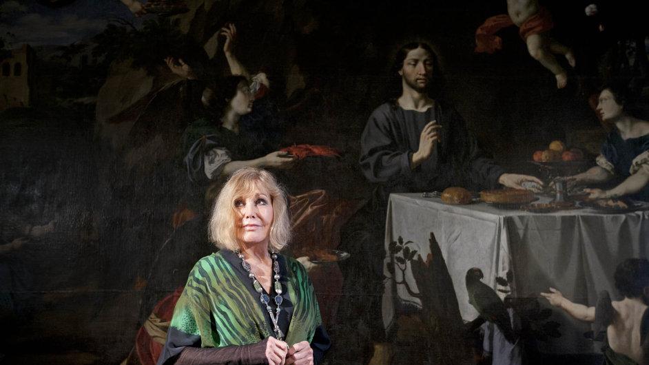 Herečka Kim Novak ve Strahovském klášteře vystavovala své obrazy.
