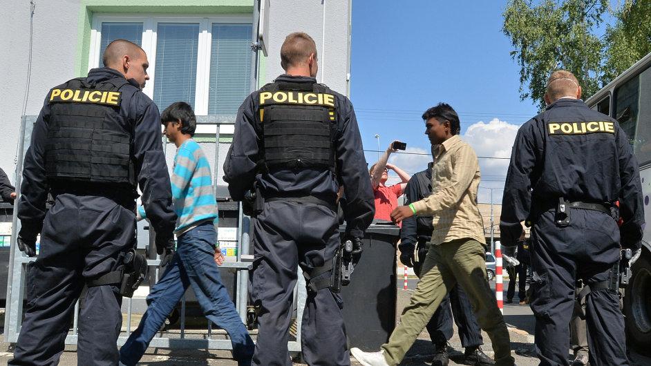 Běženci zadržení v Česku.