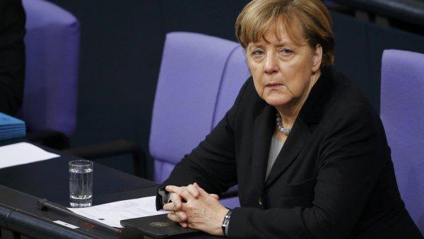 Merkelov� zd�raznila, �e pro b�ence, kte�� mohou azyl z�skat, je nutn� zajistit podm�nky pro jejich integraci do spole�nosti.