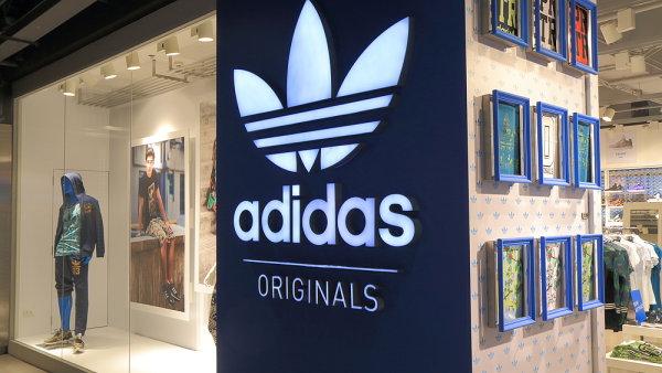 Provozní zisk Adidasu se loni zvýšil o 41 procent na 1,5 miliardy eur.