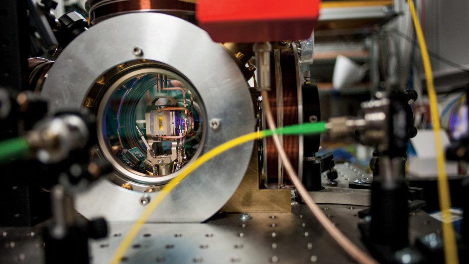 Kvantový počítač