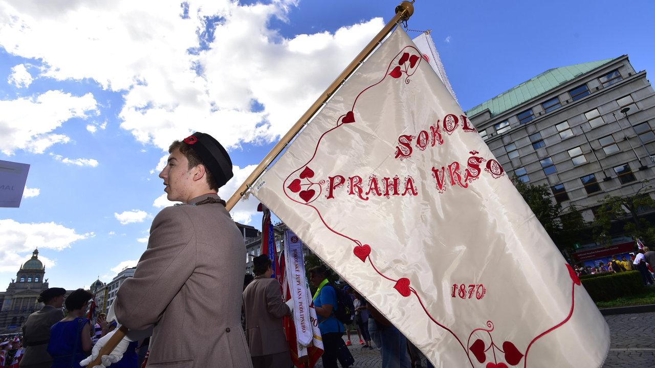 Tisíce sokolů z Česka i zahraničí prošly Prahou.