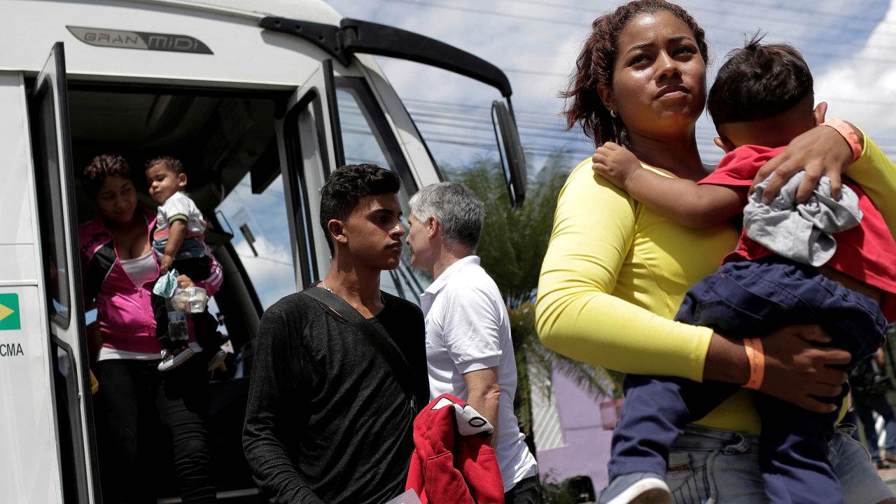 Jihoamerické země chtějí více peněz na péči o uprchlíky z Venezuely.