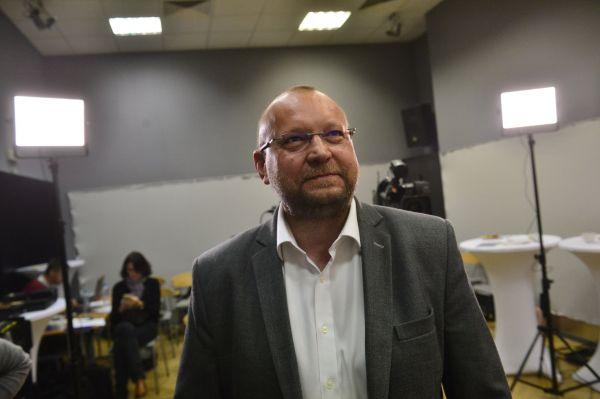 Jan Bartošek ve volebním štábu KDU - ČSL
