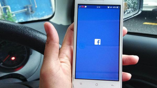 Facebook dokáže odhadnout, kam se lidé chystají jít