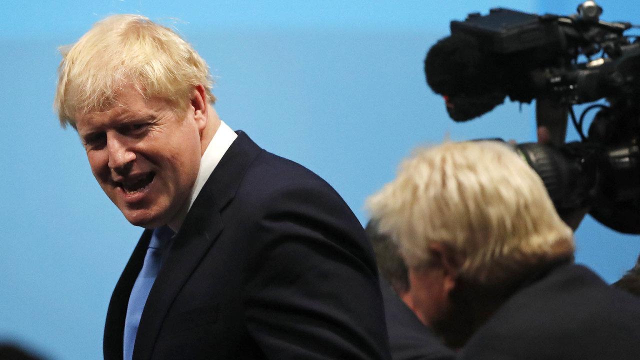 Johnson je mužem plným protikladů podle mnoha pozorovatelů. Není tak zcela jasné, co ohledně brexitu nakonec udělá.