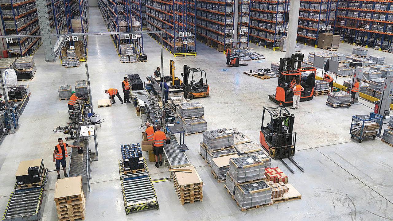 Pohled dohaly nového distribučního centra společnosti Clarios vPlazech uMladé Boleslavi.