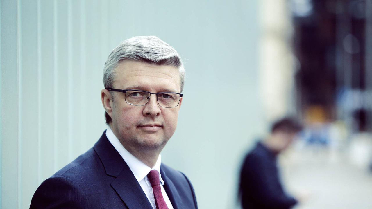 Z jednání v Turecku se ministr průmyslu Karel Havlíček vrátil do Prahy sprohlášením, že zpackaný projekt elektrárny Adularya má řešení. Posun v jednání byl ale nulový.