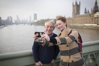 Selfie vLondýně: John Bercow a jedna zjeho obdivovatelek.