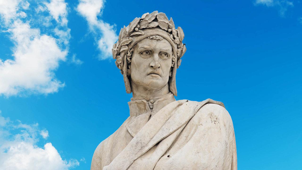 Dante Alighieri (nasnímku jeho pomník veFlorencii) vBožské komedii plakal nad politickou rozdrobeností Itálie. Dnes země čelí následkům pandemie, jež zde zasebou zanechala téměř 35 tisíc mrtvých.
