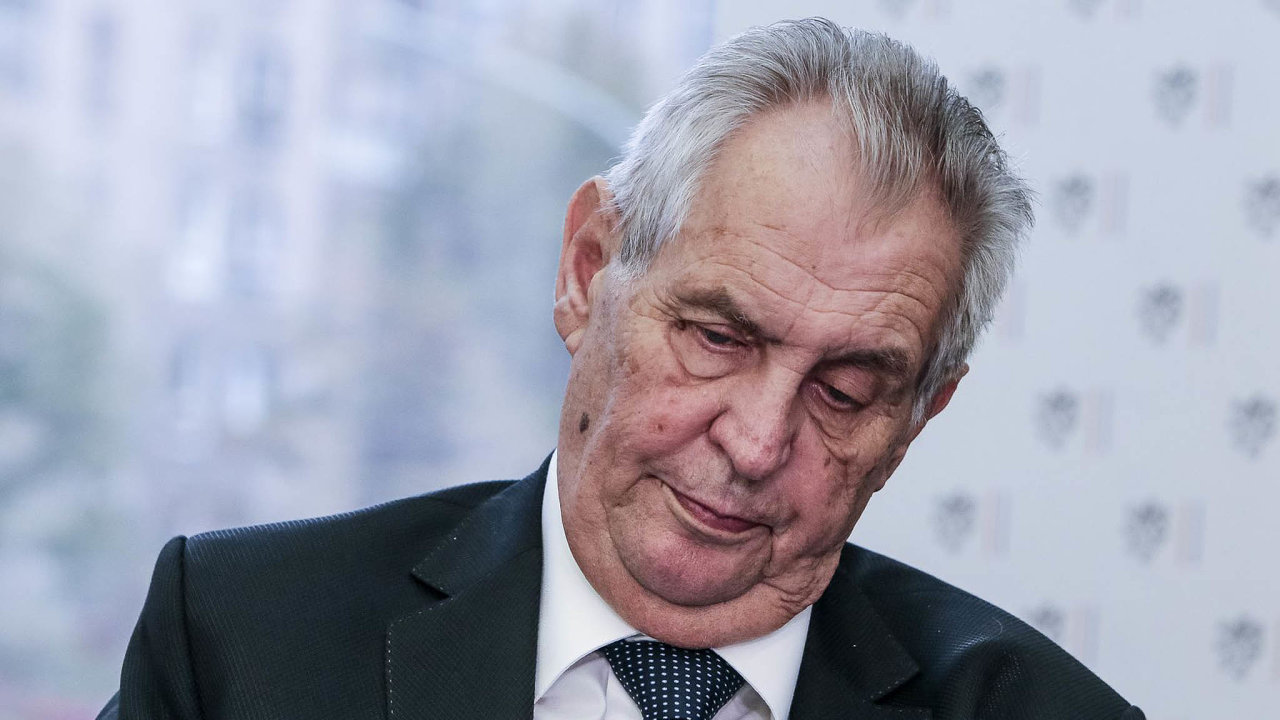 Vleklý spor suniverzitou: Prezident Miloš Zeman bude muset znovu řešit jmenování historika umění Jiřího Fajta profesorem.