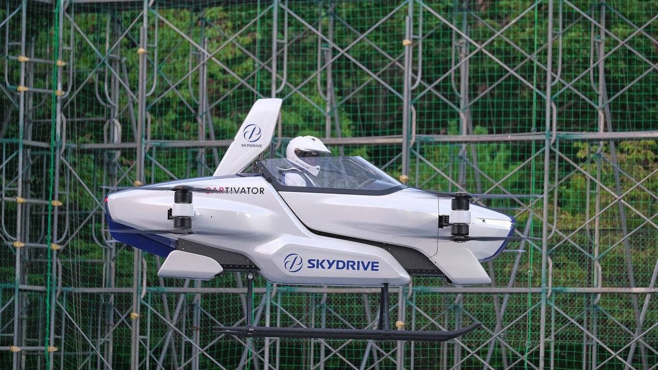 Jako zeStar Wars. Prototyp letounu firmy SkyDrive vzdáleně připomíná létající skútry vojáků Impéria zfilmové ságy Hvězdné války.