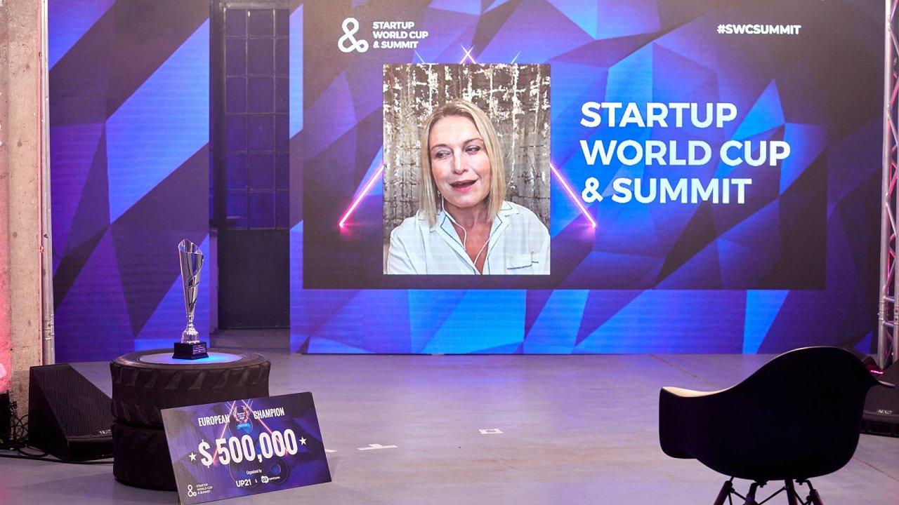 Tosca Musk během Startup World Cup & Summit