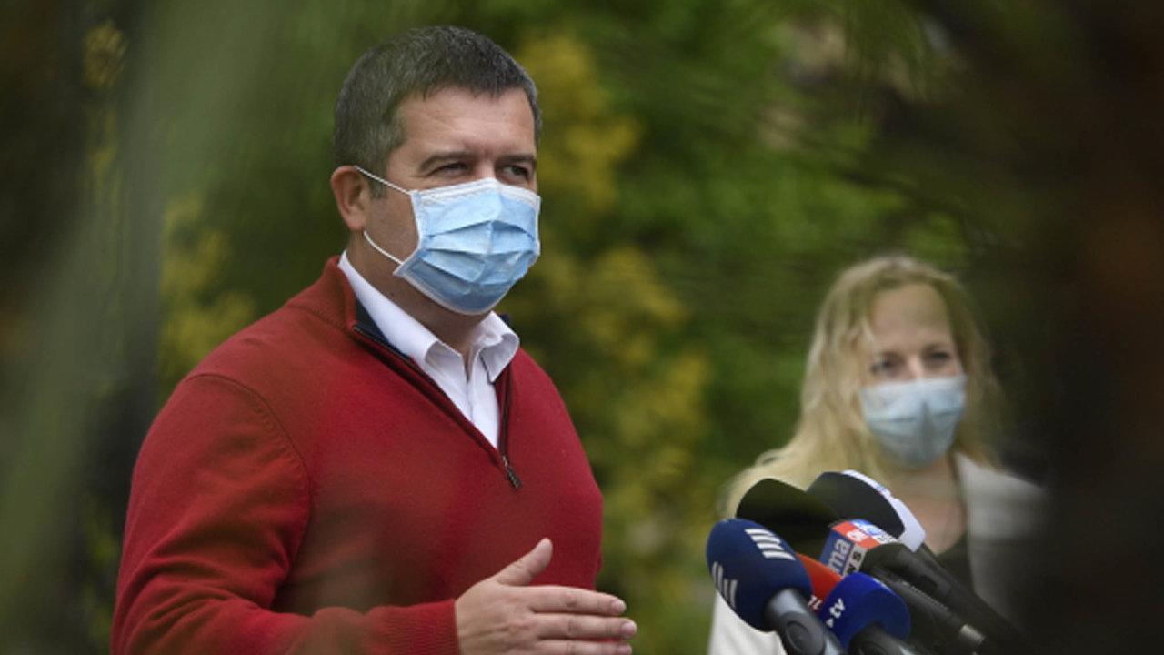 V březnuvprůzkumech důvěryhodnosti politiků předseda ČSSD Jan Hamáček začal porážet premiéra Babiše.