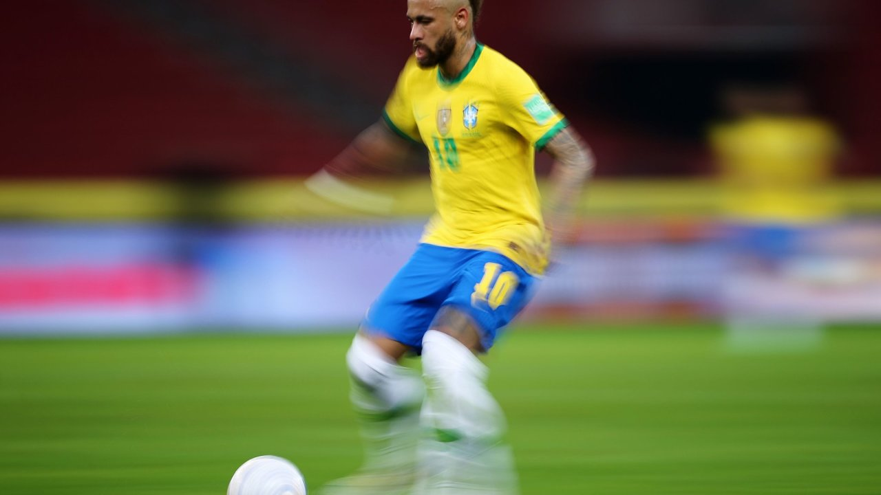 Brazílie nečekaně pořádá fotbalový šampionát uprostřed pandemie. Brazilští fotbalisté jako Neymar ale s účastní váhají.