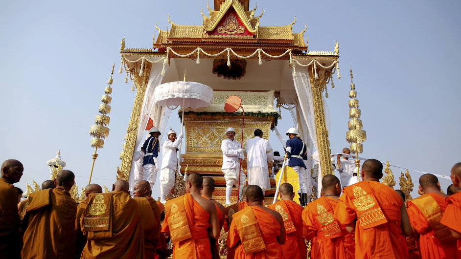 Pohřeb kambodžského krále.