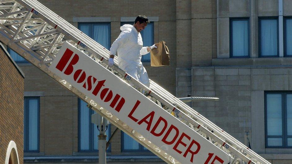 Vyšetřování útoků v Bostonu.