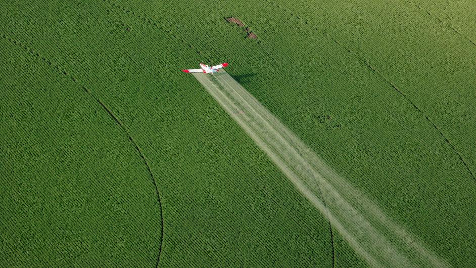 Práškovací letadlo, ilustrační foto