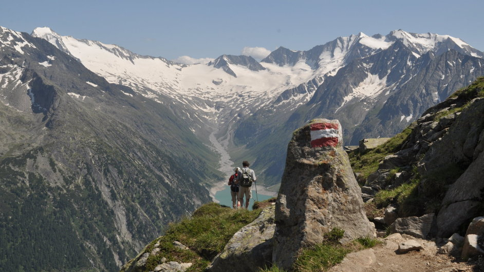 Zillertalske Alpy cestou mezi Friesenberghausem a Olpererhutte