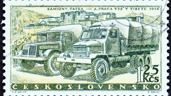 Kamiony Tatra v Tibetu se dostaly až na známku v roce 1958.
