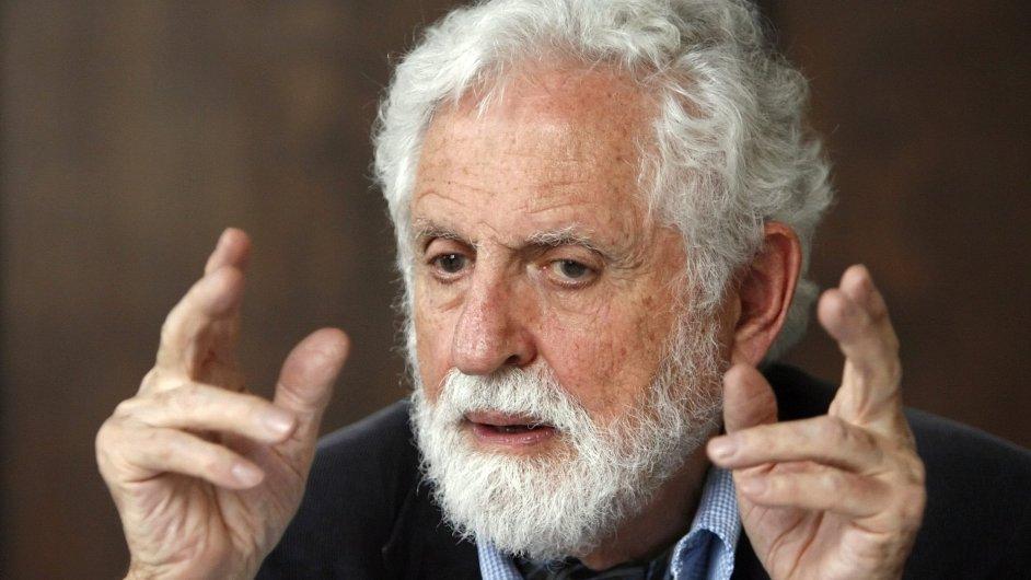 Carl Djerassi, vědec zodpovědný za vznik antikoncepční pilulky