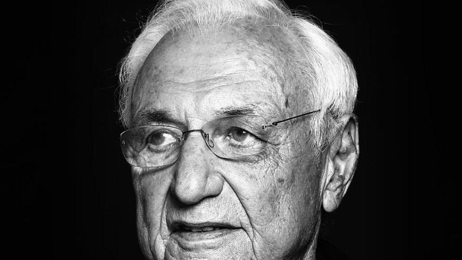 Frank Gehry v únoru oslavil 86. narozeniny.