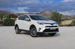 Hybridní Toyota není jen Prius. Zkusili jsme nové SUV
