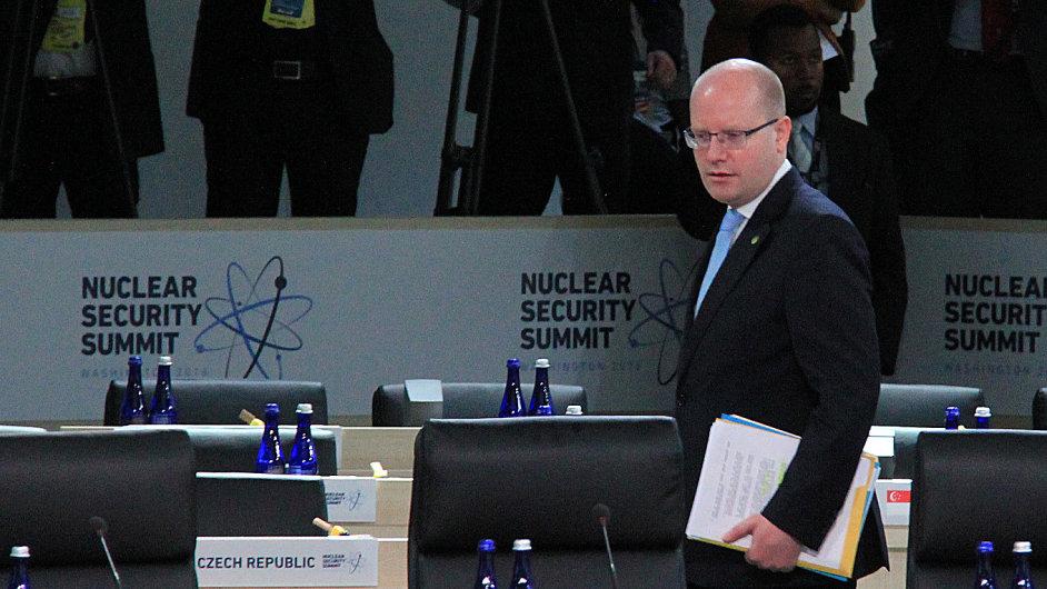 Premiér Bohuslav Sobotka byl i ve Washingtonu na summitu o jaderné bezpečnosti.