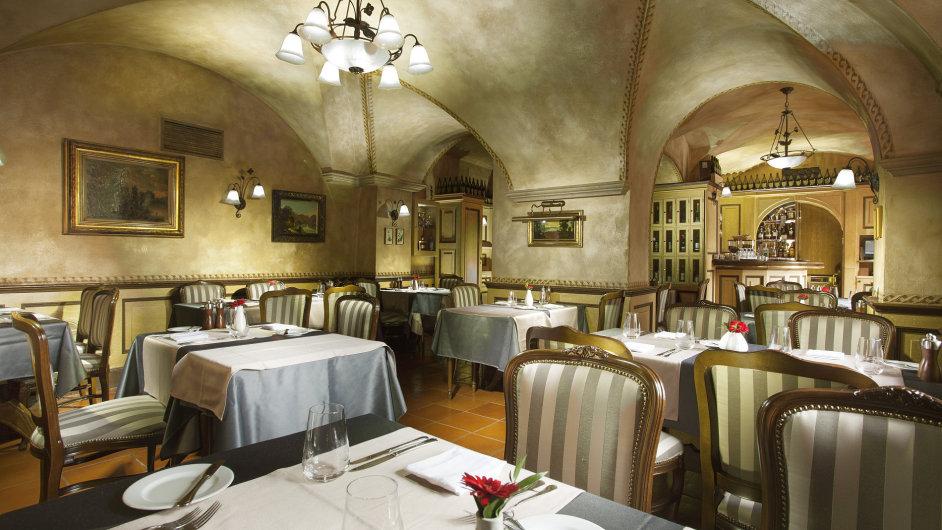 Elegantní aútulná restaurace vsrdci Malé Strany se zaměřuje natradiční apoctivou českou kuchyni.