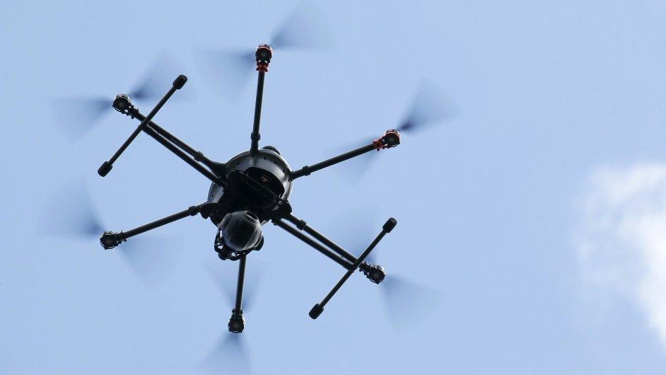 Dron jako stavebnice, přesně to nabízí česká firma Robodrone – ilustrační foto.