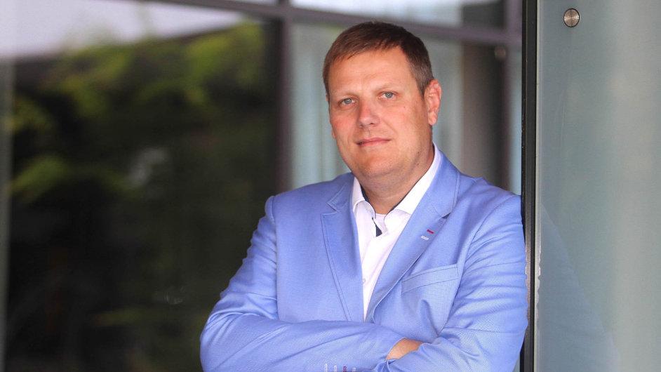 Vedení firmy Skanska převzalMichal Jurka (38).