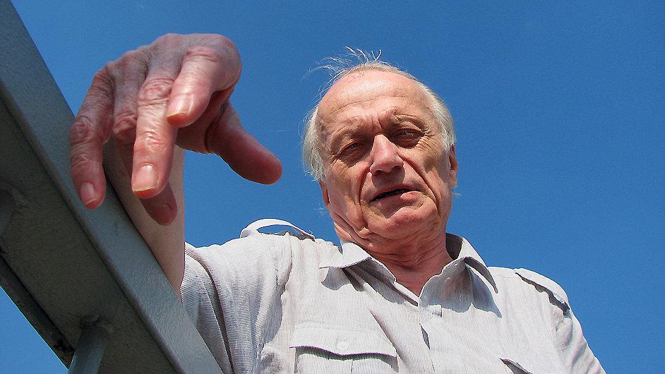Básník Petr Král na snímku z roku 2010.