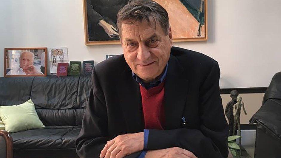 Autorský večer s Claudiem Magrisem (na snímku) v kapli Italského kulturního institutu moderoval literární historik a Magrisův překladatel Jiří Pelán.