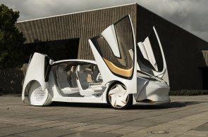 Toyota, která si chce povídat, hyundai jako kus obýváku. Automobilky perlí na elektronickém veletrhu