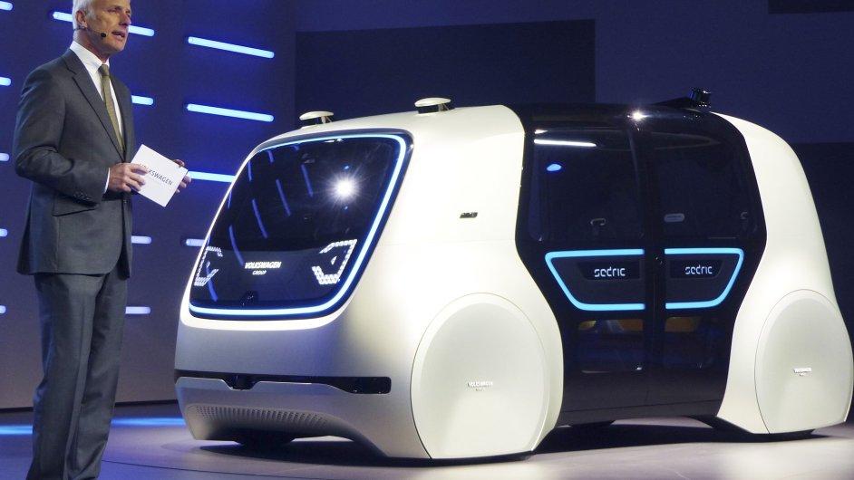 Volkswagen představil v Ženevě své auto bez řidiče.